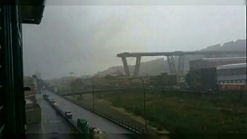 Se derrumba puente en Italia, hay 22 muertos