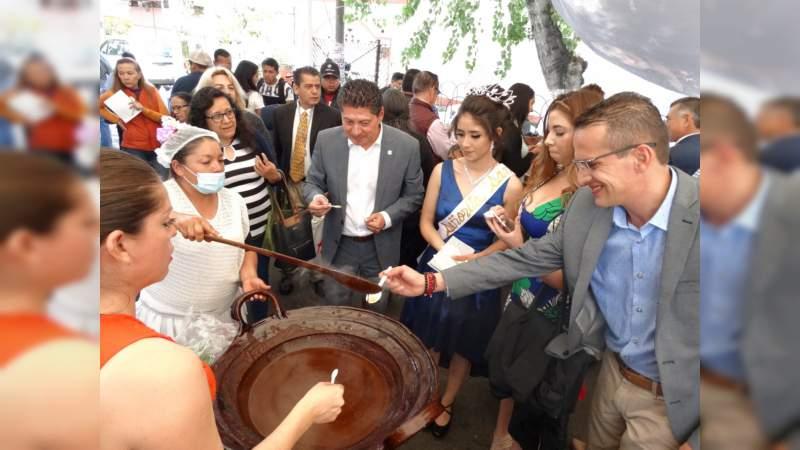 Con tradicional premiación a mejores cocineras, concluye con éxito el Festival del Mole de Santa María de Guido