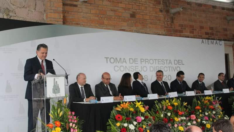 Trabajará Ricardo Bernal dos años más por el desarrollo de la industria en Michoacán