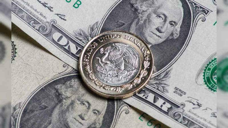 Peso perdió casi 50% contra el dólar durante sexenio de EPN