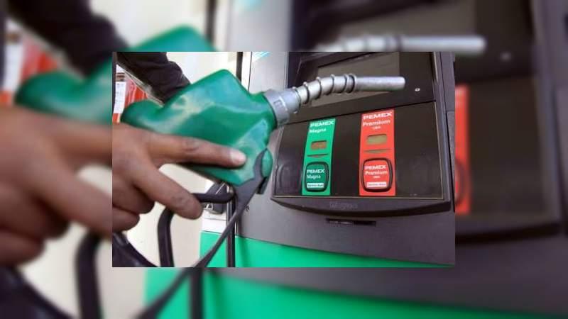 Precio de la gasolina aumentó 77% en el sexenio de Peña Nieto