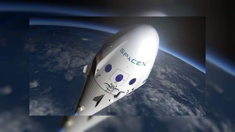 SpaceX enviará al primer turista a la Luna