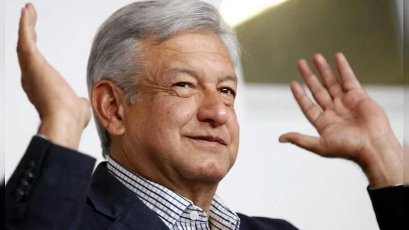 AMLO se reúne con Fernando Valenzuela en gira de agradecimiento