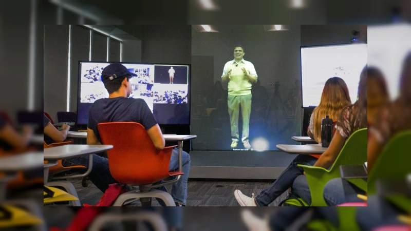 El Tec de Monterrey imparte clases con hologramas