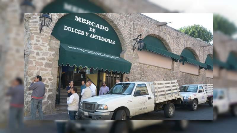 Peatonalización no atrajo ventas para el mercado de dulces de Morelia: Comerciantes