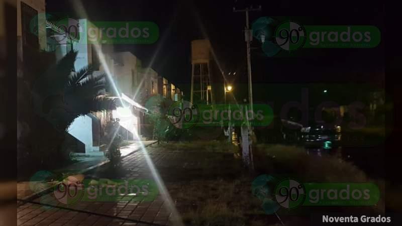Ejecutan a joven llegando a casa en Zamora, Michoacán