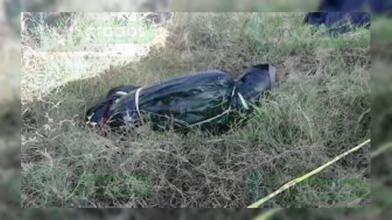 Embolsados abandonan dos cuerpos descuartizados en Pénjamo, Guanajuato