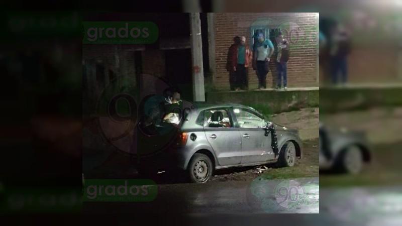 En persecución y balacera con la Policía, mueren dos civiles en Uruapan