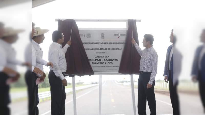 Peña Nieto destaca crecimiento económico e infraestructura carretera en Michoacán