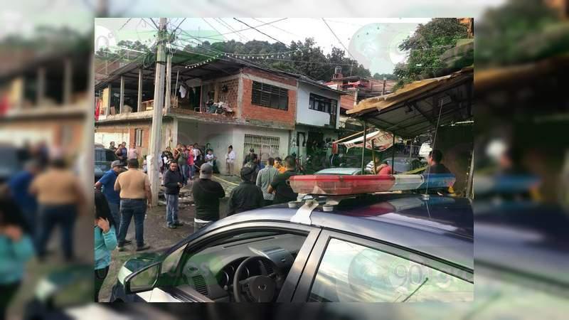 En media hora matan a dos hombres y hieren a otro en Uruapan, Michoacán