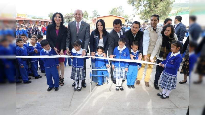 """Inauguran obras para evitar inundaciones en escuela """"Revolución"""" de Morelia"""