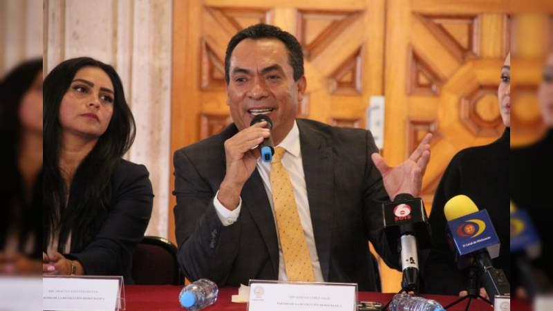Pascual Sigala al frente del gobierno de Michoacán; si tarda más de 15 días la ausencia del mandatario, deberá informar al congreso: Adrián López