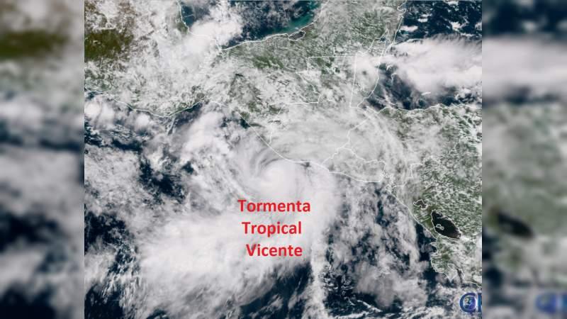 Cierran navegación en Oaxaca y activan alerta amarilla en Chiapas por la tormenta tropical Vicente