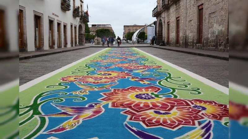 Secretaría de Turismo de Morelia coordinó con la agrupación Alfombristas Mexicanos