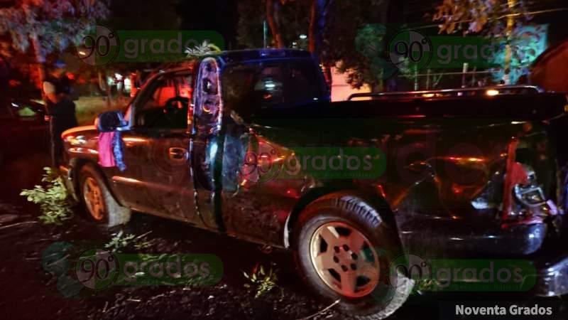 Morelia: Choque en salida Charo deja tres personas heridas