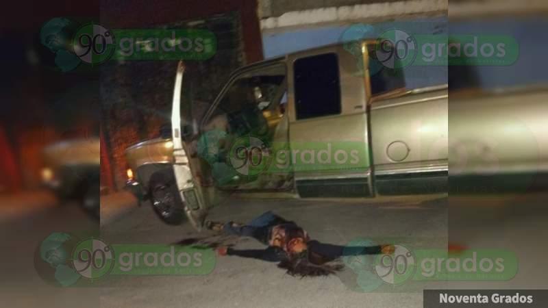 Persiguen y matan a mujer en su vehículo en Celaya, Guanajuato