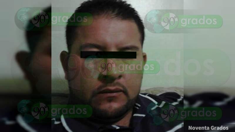 Mujer es brutalmente golpeada por su ex pareja sentimental en Jacona, Michoacán