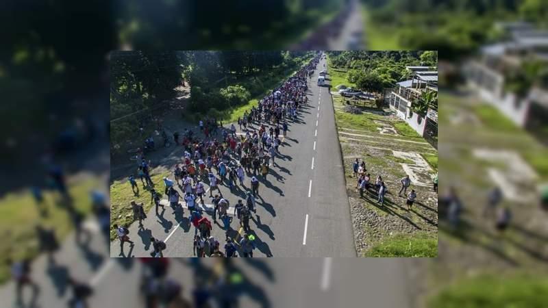 Mueren seis migrantes en volcadura en Chiapas