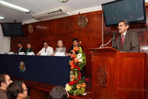 La UMSNH prepara alumnos para la toma de decisiones: José Apolinar Cortés