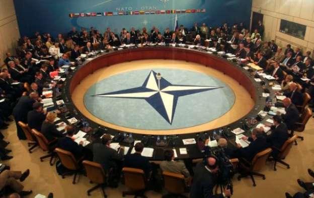 Llama OTAN a frenar tensiones entre Turquía y Rusia