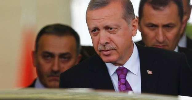 Presidente de Turquía justifica derribo de aeronave rusa