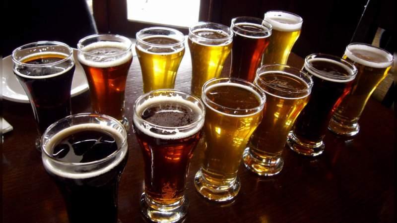 Estudio revela que las personas que beben cerveza son más fieles