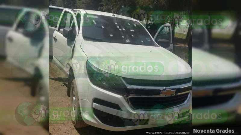 Lo acribillan en su vehículo en Yuriria, Guanajuato