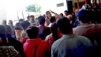 Denuncian en Salvador Escalante falta de responsabilidad de parte de edil municipal