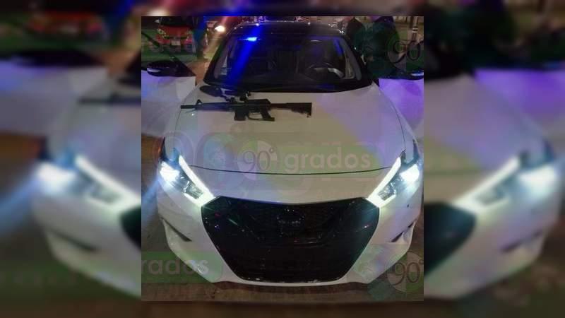 Detienen a joven de 19 años por amenazar a policía con supuesta arma larga, en Aguascalientes