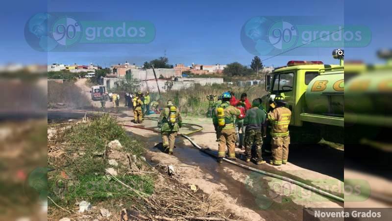 Morelia: Incendio de bodegas por presunto huachicol