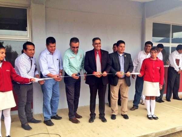 Inauguran tres aulas en el COBAEM plantel Maravatío