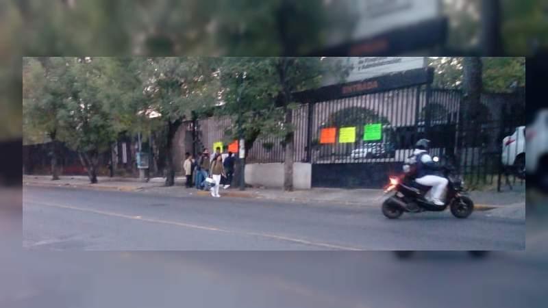 Cococam y Telebachillerato Michoacán bloquean vialidades en Morelia