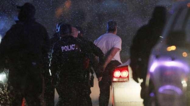 Termina tiroteo en Estados Unidos con 9 heridos y tres muertos