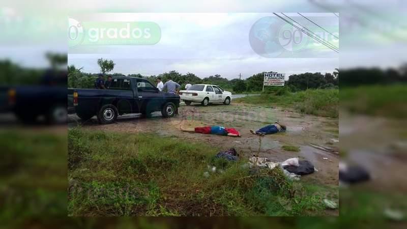 Localizan dos cadáveres junto a la carretera Acapulco – Zihuatanejo