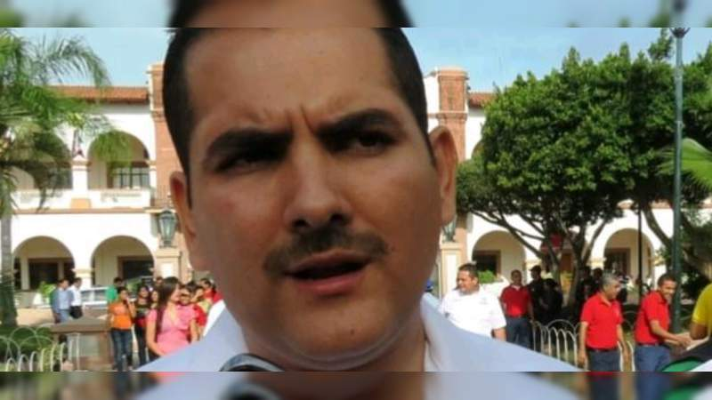 Atentan contra el ex alcalde de Apatzingán, Uriel Chávez Mendoza
