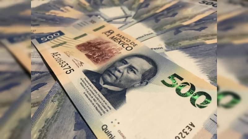 Gobierno de AMLO inicia con una alza en el peso