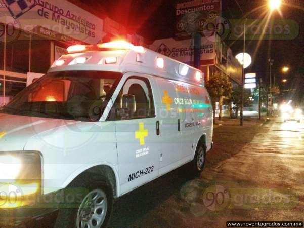 Supuesto intento de de asalto provoca accidente vehicular en Morelia