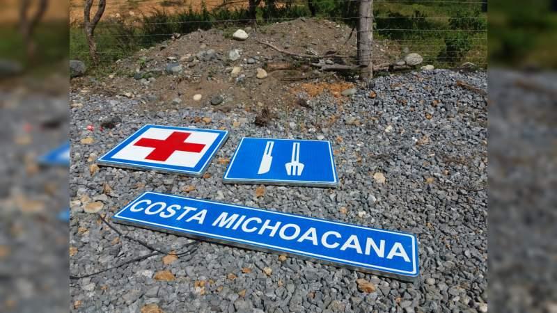 En la Costa Michoacana, Inicia instalación de señalética en regiones turísticas del Estado