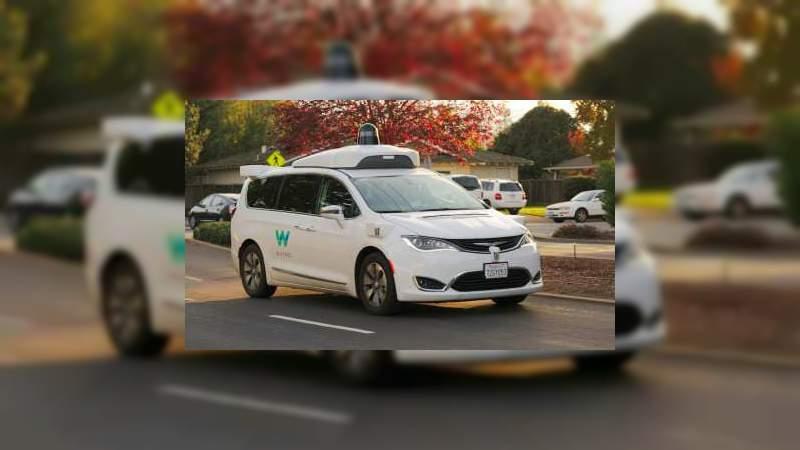 Lanzan los primeros taxis sin conductor en los Estados Unidos