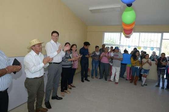 Alfonso Martínez inaugura diversas obras en la localidad La Aldea