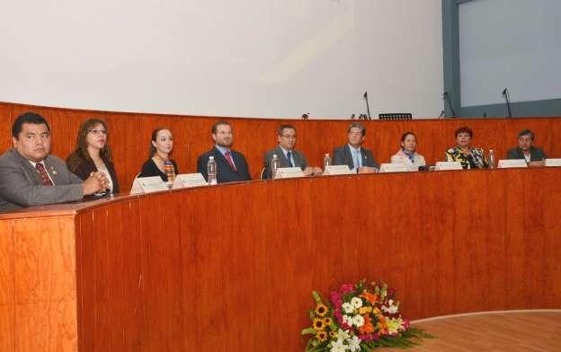 Celebran Día del Químico y 57 Aniversario de la Facultad de Químico Farmacobiología en la UMSNH