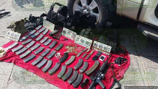 Abandonan camioneta y hallan armamento tras persecución en Zamora 2-grande