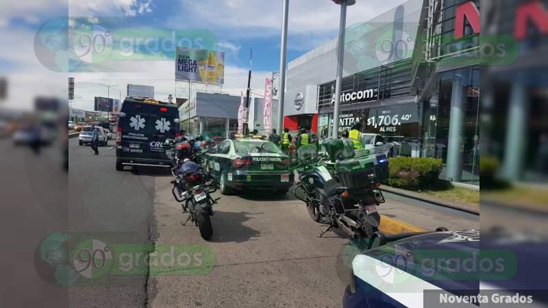 Asaltan a clientes en la Nissan en Morelia; iban a comprar un carro