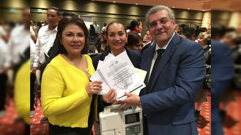 """Innovador equipo reciben en el hospital general de Uruapan en el programa """"Código Infarto"""""""
