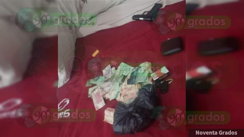 Detienen a cuatro tras robo armado a banco en Uruapan, Michoacán