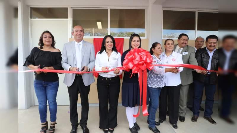 SEE entrega nuevas instalaciones de la Secundaria Técnica 162 en Morelia