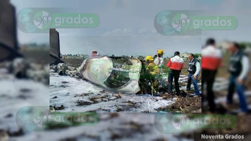 Edomex: Cae avioneta en Atizapán, hay dos muertos