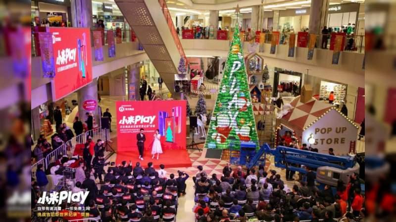 Xiaomi estableció récord Guinness con un árbol gigante de celulares