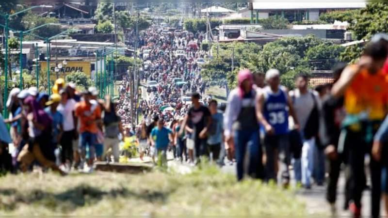 Quince mil hondureños iniciarán una nueva caravana migrante