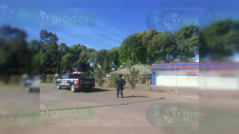 Muere mesero que fue tiroteado en Uruapan